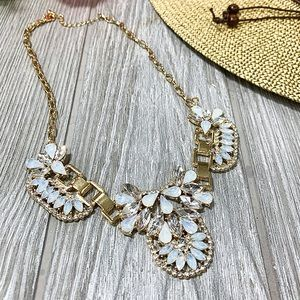 MADE FOR ME  STATEMENT NECKLACE-OFF WHITE